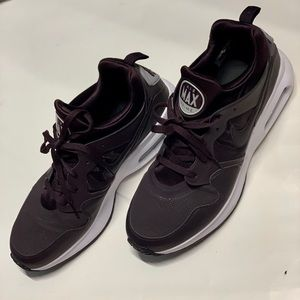 Nike Air Max Prime Running Shoes